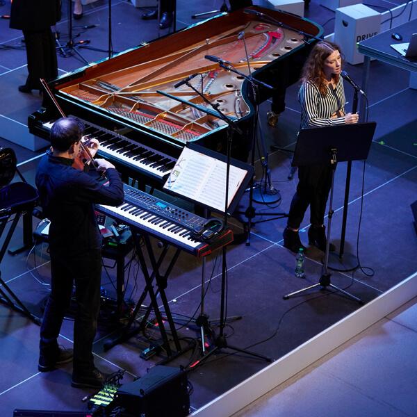 Rosie Doonan, John Metcalfe, Live, Neue Meister Konzert